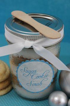 Sugar Cookie Scrub {Gifts in a Jar}