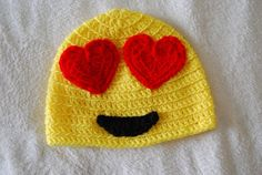 eye heart you emoji hat crochet pattern! Crochet Kids Hats, Crochet Cap, Crochet Crafts, Hand Crochet, Crochet Hooks, Crochet Projects, Yarn Projects, Diy Crafts, Valentine Hats