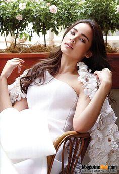 Urassaya Sperbund – Full gallery at our website. The Most Beautiful Girl, Beautiful People, Beautiful Women, Beauty Zone, Cherry Blossom Wedding, Asian Celebrities, Thai Model, Sexy Girl, Pure Beauty