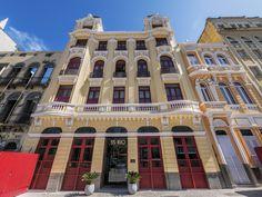 https://flic.kr/p/Lfed7j | 55/RIO | <Lindo hotel no charmoso bairro da Lapa.  Rio de Janeiro, Brasil. Tenha um dia cheio de charme! :-)  _______________________________________________  55/RIO  Beautiful hotel in the charming Lapa neighborhood.  Rio de Janeiro, Brazil. Have a charming day. :-)  _______________________________________________  Buy my photos at / Compre minhas fotos na Getty Images  To direct contact me / Para me contactar diretamente: lmsmartins@msn.com