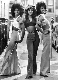 vintage everyday: Afro: The Popular Hairstyle of African-American People in the . - vintage everyday: Afro: The Popular Hairstyle of African-American People in the Late and - 70s Outfits, Style Outfits, Vintage Outfits, Girl Outfits, Disco Outfits, Outfit Styles, Hippie Outfits, Fashion Outfits, Party Outfits