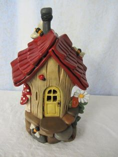 Your place to buy and sell all things handmade Fairy House or Handmade Bird House - Bumble Bee Abode Polymer Clay Fairy, Polymer Clay Projects, Diy Clay, Clay Crafts, Clay Fairy House, Fairy Garden Houses, Fairy Gardens, Pottery Houses, Clay Houses
