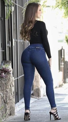 Sexy Jeans, Skinny Jeans, Beste Jeans, Pernas Sexy, Looks Pinterest, Sexy Outfits, Fashion Outfits, Sexy Legs And Heels, Girls Jeans