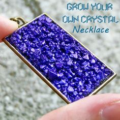 """These necklaces """"rock""""! Learn how to grow your own crystals to make these gorgeous geode pendants!"""