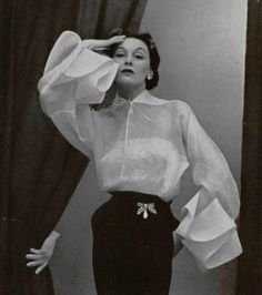 Blouse and skirt by Lanvin-Castillo, I often marvel at the genius of couture. What goes on in the minds of designers who dream u. Jeanne Lanvin, Glamour Vintage, Vintage Beauty, Timeless Fashion, Fashion Beauty, Vintage Dresses, Vintage Outfits, Retro Mode, Vintage Fashion Photography