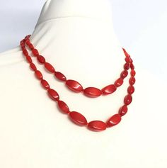 Vintage Red Glass Diamond Shaped Beaded Necklace With Box Clasp Choker Necklace Box, Beaded Necklace, Red Glass, Diamond Shapes, Necklace Lengths, Glass Beads, Chokers, Handmade Items, Chain
