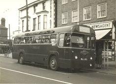 BUS 725, New Malden KT3. Bus Coach, London Bus, London Transport, Old Street, Croydon, Busses, Coaches, Surrey, Old Photos