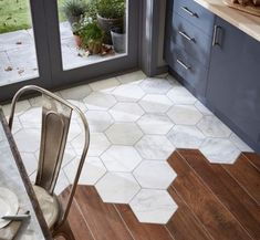Dining Room Tiles Kitchen Terracotta Mixed With Wood PIASTRELLE ESAGONALI