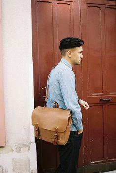 Bleu de Chauffe | Men | Leather messenger bag | Postman Bag Eclair | Sac cuir Made in France