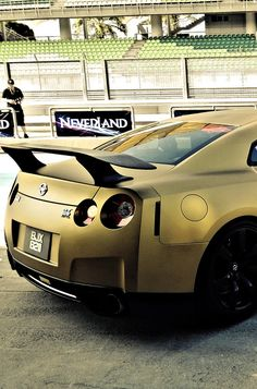 Wow! Speechless! Gold Nissan GT-R. Click on the pic to join the fastest growing car community on the interweb.