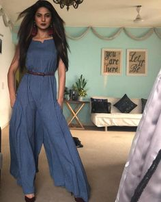 Jennifer Winget and her style are matchless. She is one of the topmost actresses on the small screen and her killer looks rule the hearts of many. She… – Hijab Club Simple Pakistani Dresses, Indian Dresses, Western Outfits, Western Wear, Stylish Dresses, Fashion Dresses, Jennifer Winget Beyhadh, Indian Fashion, Korean Fashion
