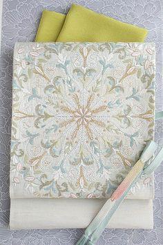 【相良刺繍】特選創作袋帯「欧風華文」ひとえ向き単衣にもおすすめ軽量刺繍帯
