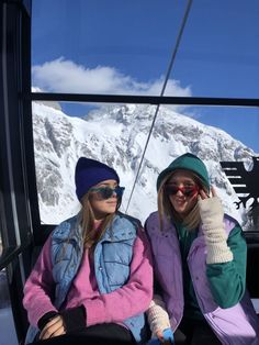 Cute Friend Pictures, Friend Photos, Chalet Girl, Ski Season, Winter Pictures, Baby Winter, Winter Snow, Cute Friends, Best Friend Goals
