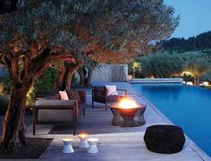 Outdoor Space Design Decorating Ideas with Contemporary Outdoor FUrniture Outdoor Rooms, Outdoor Gardens, Outdoor Living, Outdoor Decor, Outdoor Bathtub, Outdoor Seating, Design Exterior, Patio Design, Contemporary Outdoor Furniture