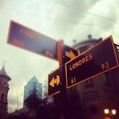 #street #paris #londres #calle #santiago #chile Santiago Chile, London, Street, Life