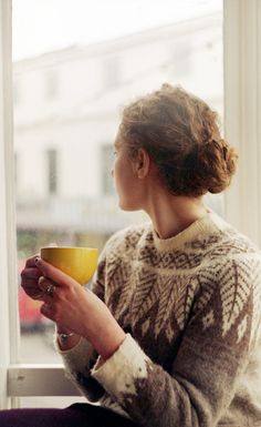 Knitting inspiration: cute leaf motif colorwork sweater