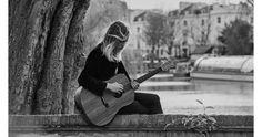 Burberry Acoustic  https://jp.burberry.com/acoustic/