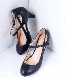 1930s Style Shoes Tis So Sweet Black Pleather Cutout Mary Jane Pumps  Size 10 $42.00 AT vintagedancer.com