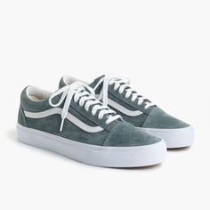 bd6eedc681e0 Vans® Old Skool sneakers in grey suede