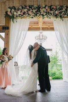 photo: Rae Marshall Wedding Photography; wedding ceremony idea