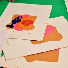 Enkele resultaten van de zeefdruk workshop voor kids bij gezeever open zeefdruk werkplaats in antwerpen