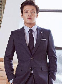"""Kang Ha Neul fot """"Vostro"""". September 2017 Korean Star, Korean Men, Asian Men, Asian Celebrities, Asian Actors, Korean Actors, Kang Haneul, Moon Lovers, Men In Uniform"""