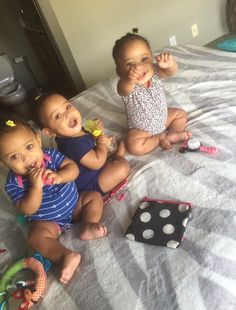 Nayla, Nyla, Niya Twit: AWW😍😍😍😚🥰🥰My kids better be coming out cute asf regardless how ugly I am Cute Mixed Babies, Cute Black Babies, Beautiful Black Babies, Cute Little Baby, Lil Baby, Cute Baby Girl, Pretty Baby, Beautiful Children, Cute Babies