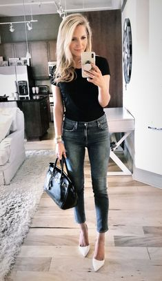 Krystal Schlegel #outfit #blogger #fashionblogger #krystalschlegel #birkinbags #hermes #hermesbirkin #jeans #casualstyle