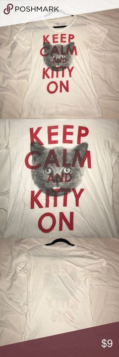 Keep Calm and Kitty On tee White Get Wild Keep Calm and Kitty On tee in women's medium, originally purchased from Zumiez. In perfect condition. get wild Tops Tees - Short Sleeve