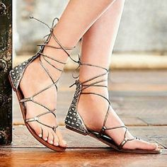 Image of [grzxy61900356]Criss Cross Stripe Spiked Rivets Beaded Flat Thong Sandal