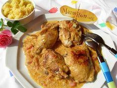 cuisse de poulet, oignon, ail, tomate, curry, quatre-épices, lait de coco, poivre, Sel