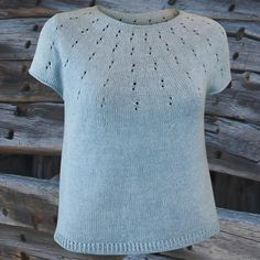 Knitting Patterns Free, Knit Patterns, Free Knitting, Baby Sweaters, Sweaters For Women, Purl Bee, Vest Pattern, Sweater Fashion, Knitting Projects