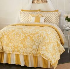 Shannon Manor Green Comforter Set New from Rose Tree Yellow Bedding, Rose Trees, White Rooms, Dream Rooms, Mellow Yellow, New Room, Beautiful Homes, House Beautiful, Home Decor Accessories