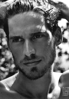 Julian - Simone Bredariol | He Found Me by Whitney Barbetti | http://www.amazon.com/dp/B00KEPNQXY/ref=cm_sw_r_fa_dp_DJmEtb198EG4S