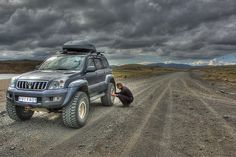 Toyota Land Cruiser Off Roading Images | Toyota Land Cruiser Outpost