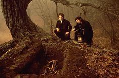 ghastlydesires:    Tim Burton and Johnny Depp on the set of Sleepy Hollow.            (via TumbleOn)