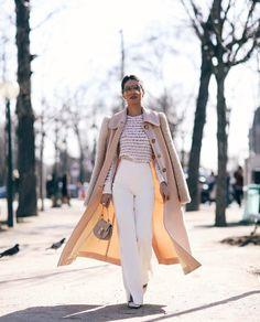 "95.7 mil curtidas, 786 comentários - Camila Coelho (@camilacoelho) no Instagram: ""Arriving at @chloe this morning, wearing Chloe! #pfw #ootd #chloe ( @viegasjoao ) ---------…"""