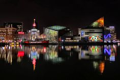 Baltimore : Inner Harbor, Camden Yards and Blue Claw Crab