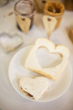"""BRILLIANT! """"Set up a peanut butter and jelly station for the kiddos at your wedding (and see if the kids or the grown-ups outnumber"""" ;) From Style Me Pretty, Photography by lauren-wakefield.com"""
