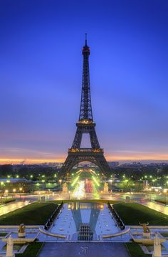 07:53 - Paris (France) by J P | Photography