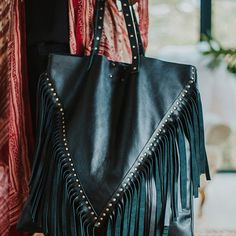 the oversized 'noho' in blackwill take you through all life's adventures Leather Craft, Leather Bag, Life S, Everyday Bag, Handmade Shop, Festival Fashion, Bespoke, Must Haves, Street Style
