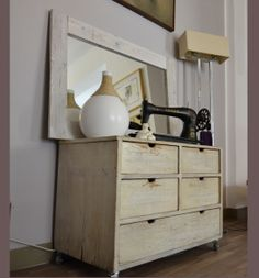 ReVision design. Il design eco-chic!!! Dresser As Nightstand, Recycling, Chic, Table, Furniture, Design, Home Decor, Shabby Chic, Decoration Home