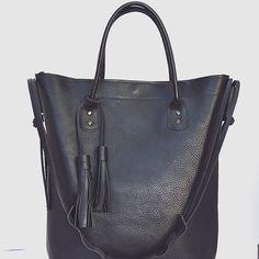 One of my favorites yet :) #crossbowleather #handmade #leather #purse #madeinusa #handmadeleather