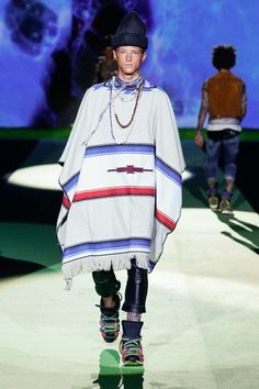 FashionNetwork.com - Business News Moda Lusso Bellezza Business News, Resort Wear, Dsquared2, Harajuku, How To Wear, Tattoo, Dresses, Style, Fashion