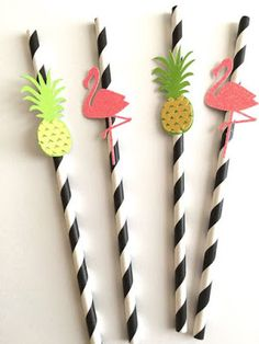 Flamingo and Pineapple Paper Straws ~ Aloha Party ~ Luau Party ~ Summer Party ~ Flamingo Party ~ Let's Flamingle~ Kate inspired~Spade color Luau Birthday, Birthday Parties, Birthday Games, Flamingo Party, Flamingo Birthday, Aloha Party, Luau Party, Beach Party, Ideas Party