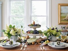 Easy Centerpieces for Thanksgiving or Fall Parties | Entertaining Ideas & Party Themes for Every Occasion | HGTV