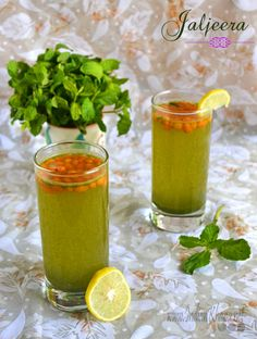 Jaljeera pani or Mint Lemonade a popular North Indian drink also works as appetizer. Summer Drink Recipes, Summer Drinks, Fun Drinks, Healthy Drinks, Refreshing Drinks, Cold Drinks, Spicy Drinks, Healthy Juices, Alcoholic Beverages