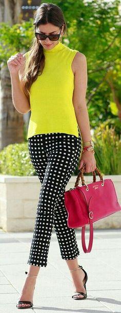 Super how to wear yellow blouse style 46 ideas Fashion Mode, Work Fashion, Fashion Outfits, Womens Fashion, Fashion Blogs, Fashion Spring, Ladies Fashion, Fashion Details, Fashion Clothes