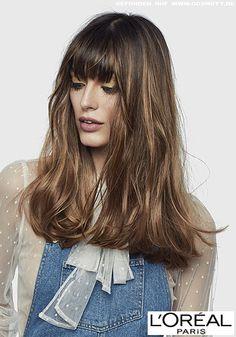 Cooler Strähnchen-Look für lässig-langes Haar mit geradem Pony  http://www.cosmoty.de/frisuren/geschlecht/Frauen/10839/