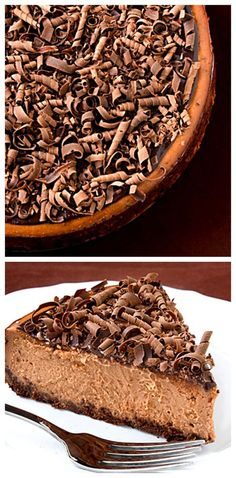 Bailey's Chocolate Cheesecake -- Irish cream adds the perfect kick to this delicious dessert! gimmesomeoven.com #cheesecake #chocolate #dessert